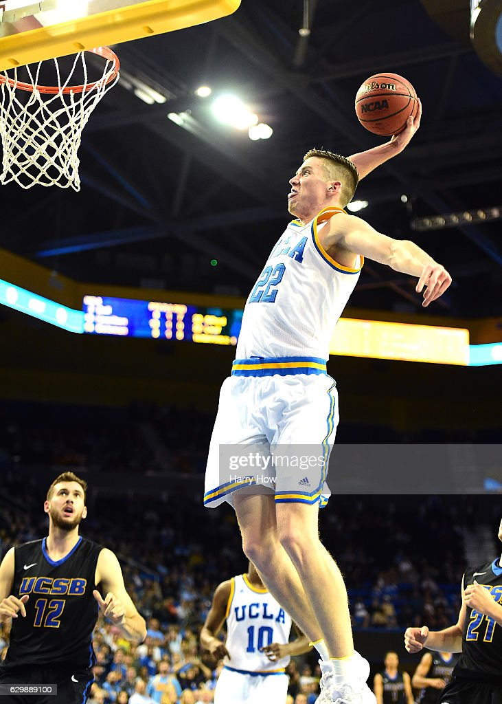 TJ Leaf #22 of the UCLA Bruins dunks during a 102-62 win over the UC Santa Barbara Gauchos at Pauley Pavilion on December 14, 2016 in Los Angeles, California.