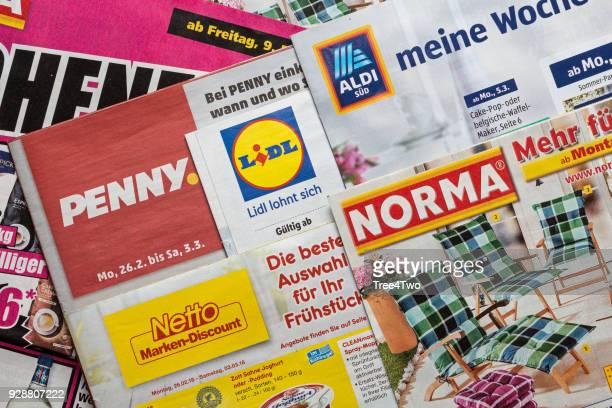 Broschüren und Flyer der deutschen discount-Markt-Ketten