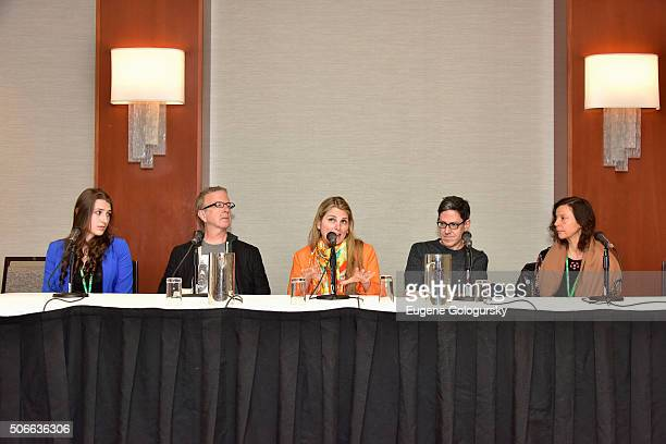 Leah Lane, Kevin Hayes, Bonnie Comley, Randy Weiner, Anita Durst attend BroadwayCon: All The World's A Stage, With Panelists Bonnie Comley, Leah...