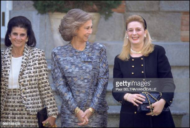 Leah Rabin, queen Sofia of Spain and Souha Arafat.