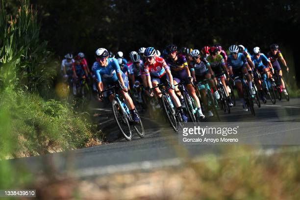Leah Thomas of United States, Annemiek Van Vleuten of Netherlands and Movistar Team red leader jersey, Katarzyna Niewiadoma of Poland and Team Canyon...