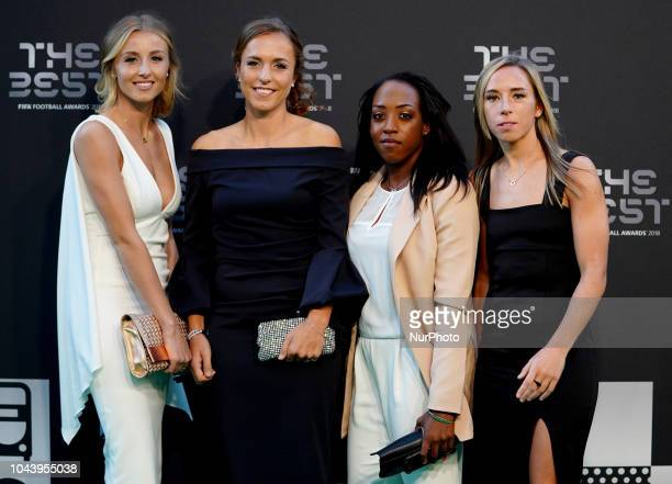 LR Leah Williamson Lia Waelti Danielle Carter and Jordan Nobbs footballers who plays for Arsenal during The Best FIFA Football Awards at Royal...
