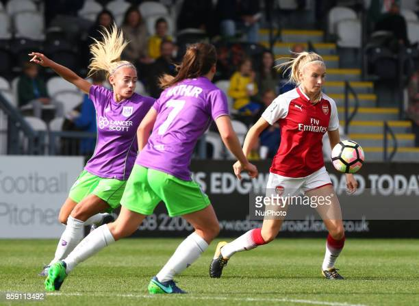 Leah Williamson of Arsenal during Women's Super League 1match between Arsenal against Bristol City Women at Meadow Park Borehamwood FC on 08 Oct 2017