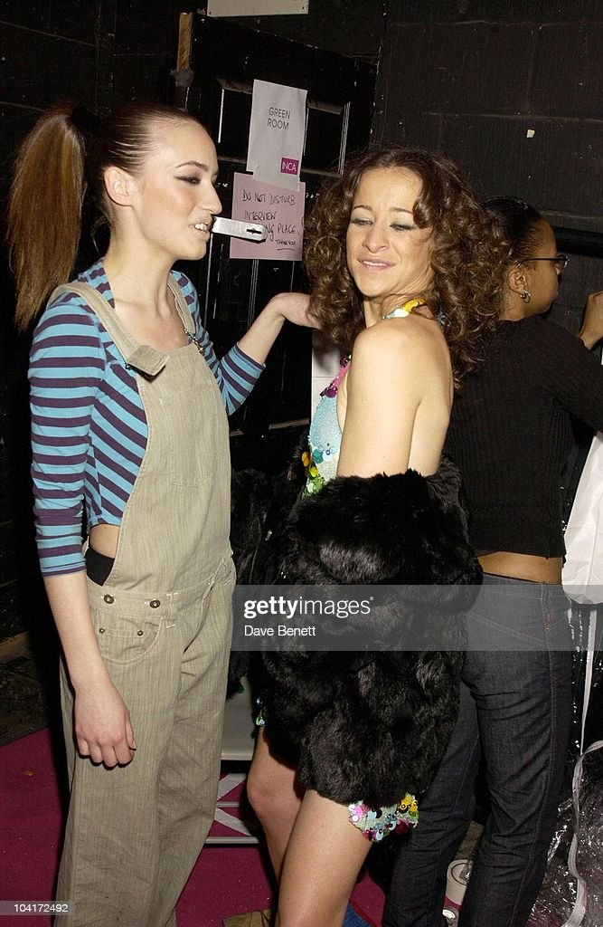 Leah Wood And Elizabeth Jagger, Julien Macdonald Fashion Show At The Roundhouse In Camden, London, London Fashion Week 2003