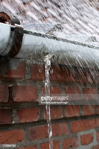 Leaking gutter