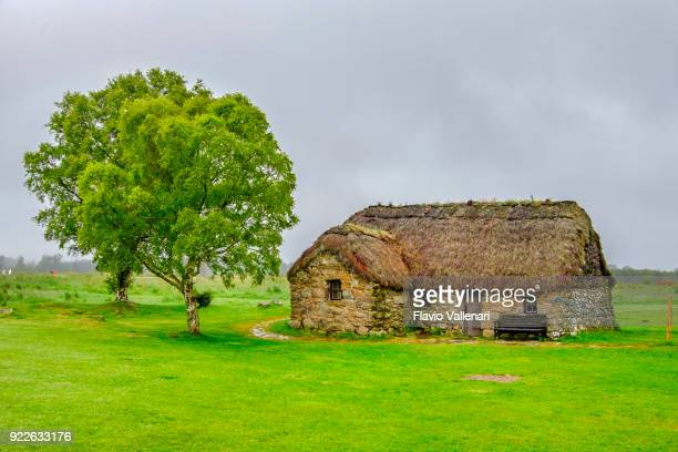 leanach cottage, culloden battlefield - scotland - inverness stock photos and pictures
