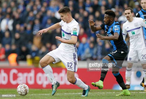 Leander Dendoncker of RSC Anderlecht Abdoulay Diaby of Club Brugge during the Belgium Pro League match between Club Brugge v Anderlecht at the Jan...