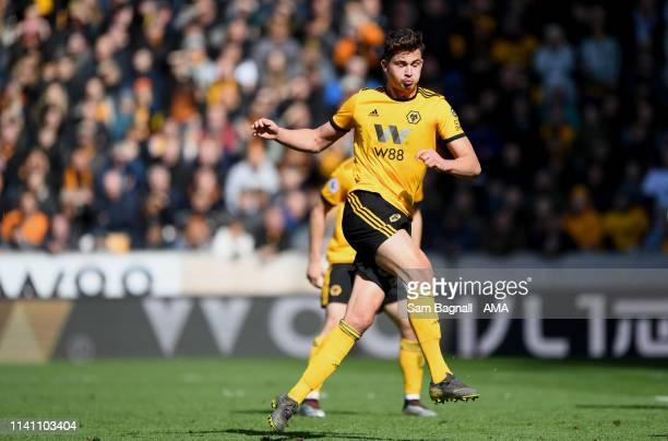 Leander Dendoncker of Wolverhampton Wanderers scores a goal to make it 1-0 during the Premier League match between Wolverhampton Wanderers and Fulham...