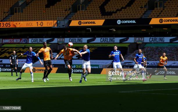 Leander Dendoncker of Wolverhampton Wanderers scores his teams second goal during the Premier League match between Wolverhampton Wanderers and...