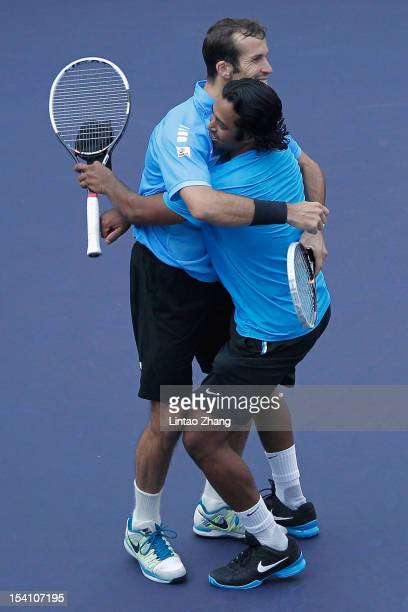 Leander Paes of India and Radek Stepanek of Czech Republic celebrate match point against Mahesh Bhupathi and Rohan Bopanna of India during the...