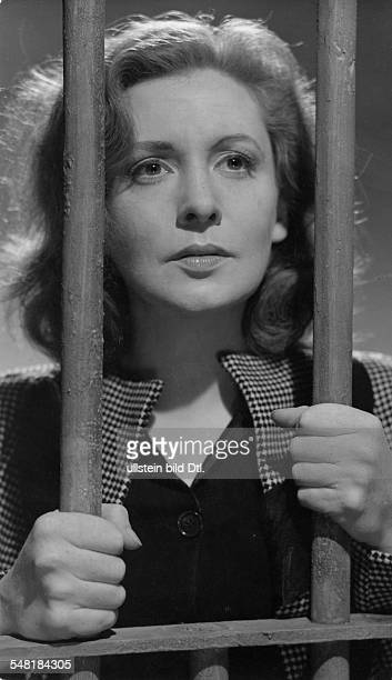 Leander Zarah Actress singer Sweden * Scene from the movie 'Damals' as Vera Meiners in prison Directed by Rolf Hansen Germany 1943 Produced by...