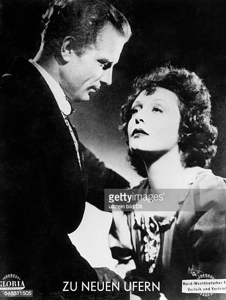 Leander Zarah Actress singer Sweden * Scene from the movie 'Zu neuen Ufern' as Gloria Vane with fellow actor Viktor Staal Directed by Detlef Sierck...