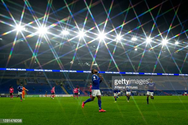 Leandro Bacuna of Cardiff City celebrates scoring the opening goal during the Sky Bet Championship match between Cardiff City and Derby County at the...