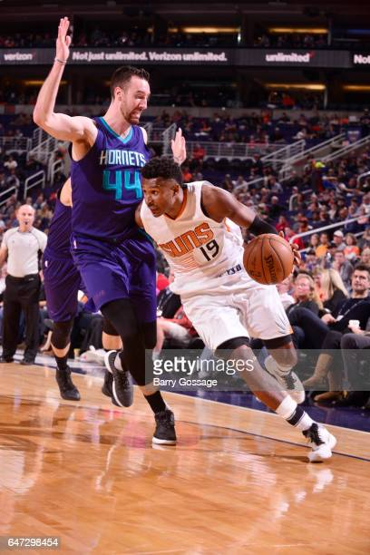 Leandro Barbosa of the Phoenix Suns drives to the basket against Frank Kaminsky III of the Charlotte Hornets during the game on March 2 2017 at...