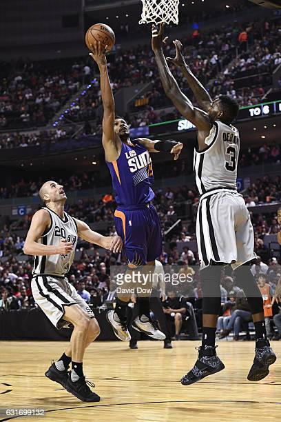 Leandro Barbosa of the Phoenix Suns drives to the basket against the San Antonio Spurs as part of NBA Global Games at Arena Ciudad de Mexico on...