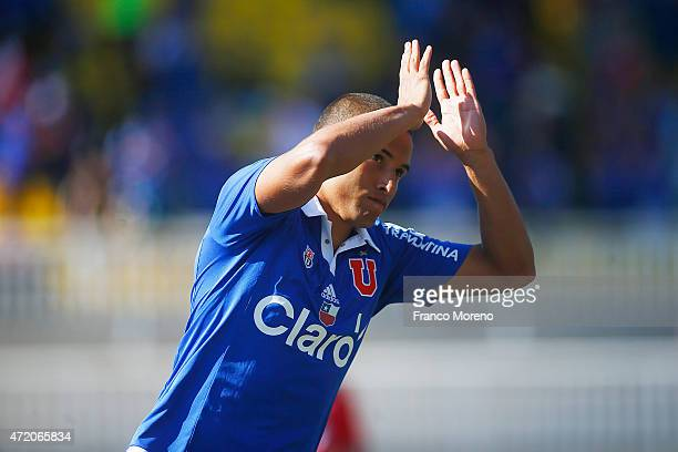 Leandro Benegas of U de Chile celebrates after scoring the first goal of his team during a match between Union La Calera and U de Chile as part of...