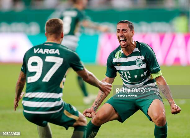 Leandro De Almeida 'Leo' of Ferencvarosi TC celebrates the goal with Roland Varga of Ferencvarosi TC during the Hungarian OTP Bank Liga match between...