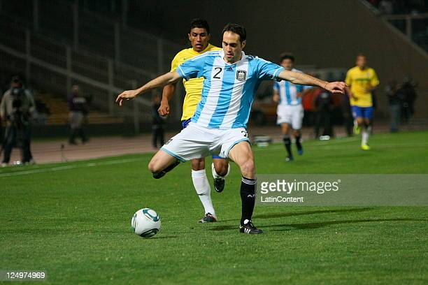Leandro Desábato from Argentina in action during the first match of the Superclasico de la Americas at Mario Alberto Kempes Stadium on September 14...
