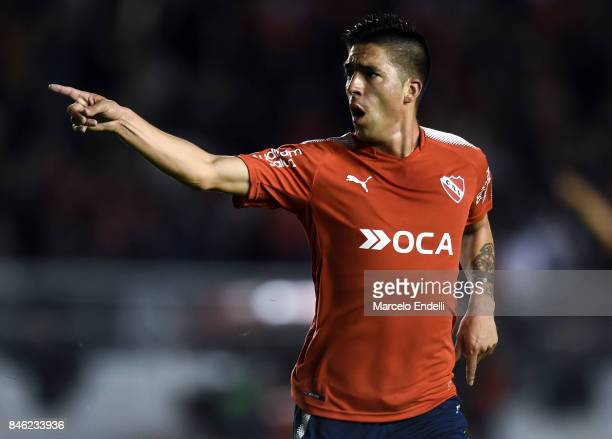 Leandro Fernandez of Independiente celebrates after scoring the first goal of his team during a second leg match between Independiente and Atletico...