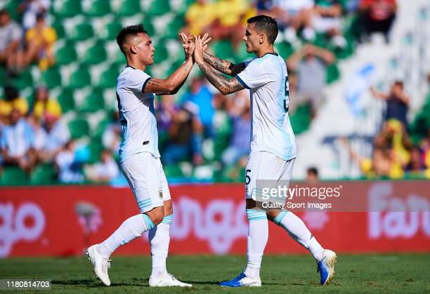 Leandro Paredes of Argentina celebrates scoring his team's goal during the international friendly match between Ecuador and Argentina at Estadio...