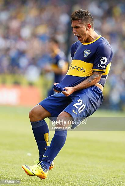 Leandro Paredes of Boca Juniors celebrates the first goal during a match between Boca Juniors and Tigre as part of round 15th of Torneo Inicial at...