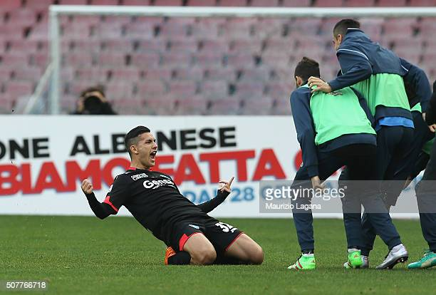 Leandro Paredes of Empoli celebrates the opening goal during the Serie A match between SSC Napoli and Empoli FC at Stadio San Paolo on January 31...