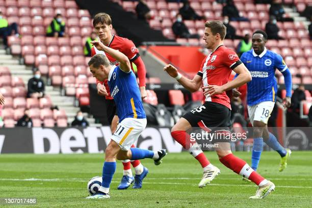 Leandro Trossard of Brighton & Hove Albion scores their side's second goal during the Premier League match between Southampton and Brighton & Hove...