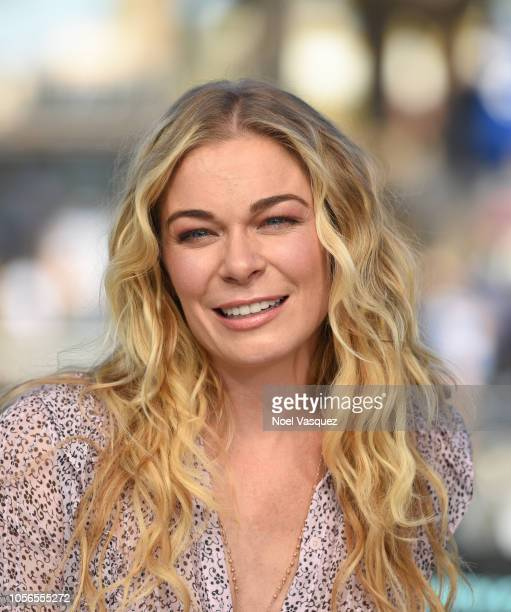 LeAnn Rimes visits Extra at Universal Studios Hollywood on November 2 2018 in Universal City California