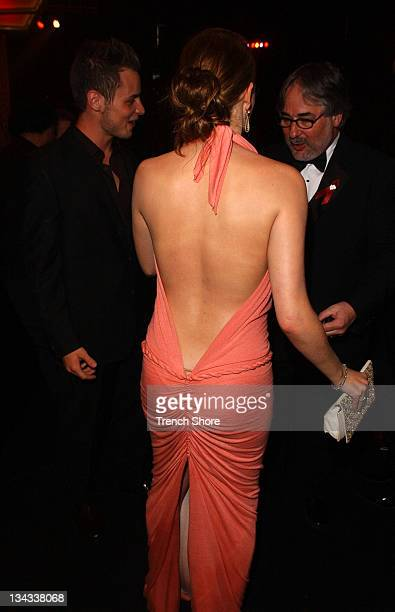 LeAnn Rimes wearing a backless gown at the 37th Academy of Country Music Awards Show