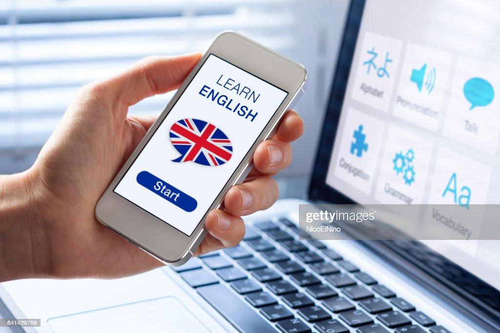 Lernen Sie Englisch Online-Konzept, Handy, Flagge des Königreichs : Stock-Foto