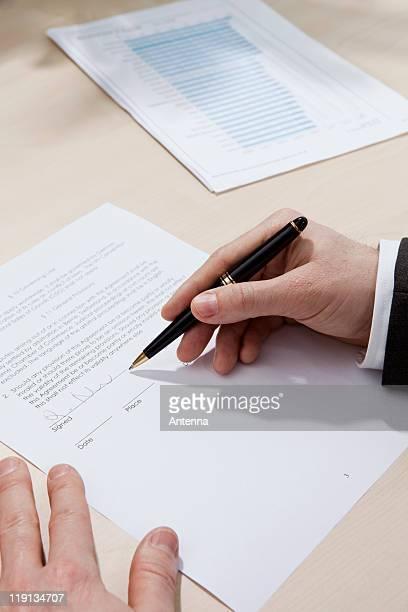 Lease signature