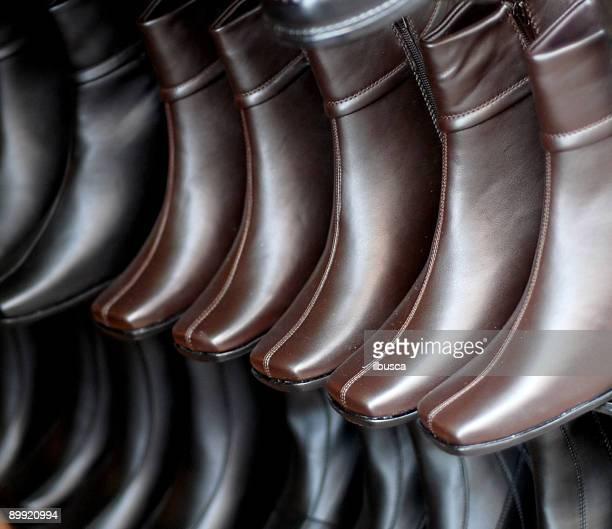 sapatos de couro - sapato preto - fotografias e filmes do acervo