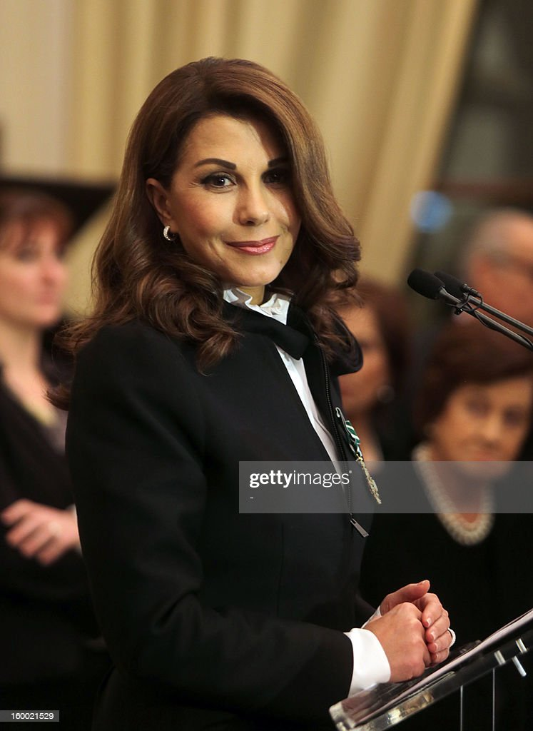Lebanese singer, Magida al-Roumi gives a speech after being awarded with the Officer of the Order of Arts and Letters medal by French ambassador to Lebanon on January 24, 2012 in Beyrouth. STR