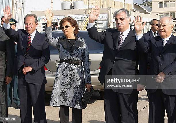 Lebanon's President Emile Lahoud his wife Andree Prime Minister Rafic Hariri and deputy premier Isam Fares wave goodbye to Brazilian President Luiz...