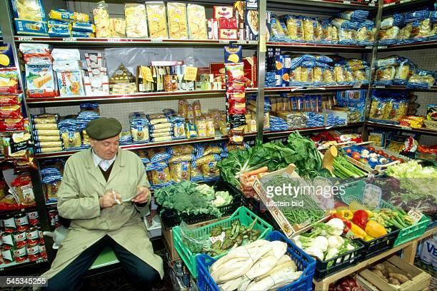 Lebensmittel und Gemüseladen in derToskana 1998