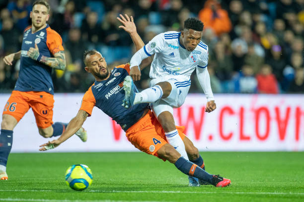 MHSC -EQUIPE DE MONTPELLIER -LIGUE1- 2019-2020 - Page 6 Lebo-mothiba-of-strasbourg-shoots-while-defended-by-hilton-of-during-picture-id1209515997?k=6&m=1209515997&s=612x612&w=0&h=gR-C5HsRWoIYDDihpPpnPt4UPHxnkjQXVcJyS2lhm2o=