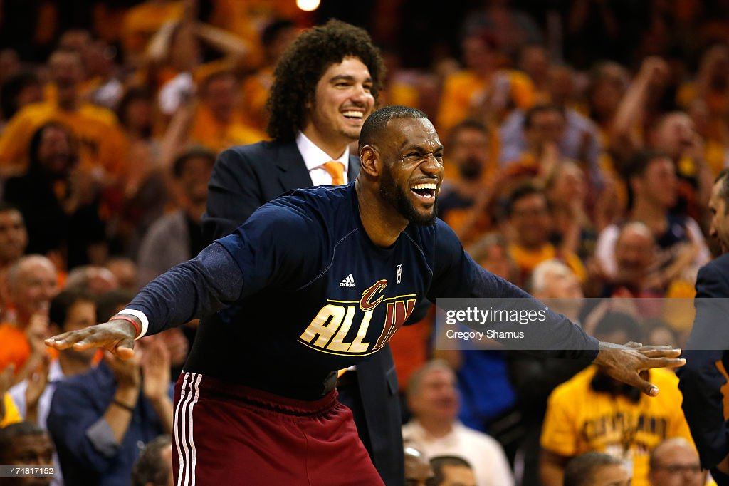 LeBron James #23 and Anderson Varejao #17 of the Cleveland Cavaliers react on the bench in the fourth quarter against the Atlanta Hawks during Game Four of the Eastern Conference Finals of the 2015 NBA Playoffs at Quicken Loans Arena on May 26, 2015 in Cleveland, Ohio.