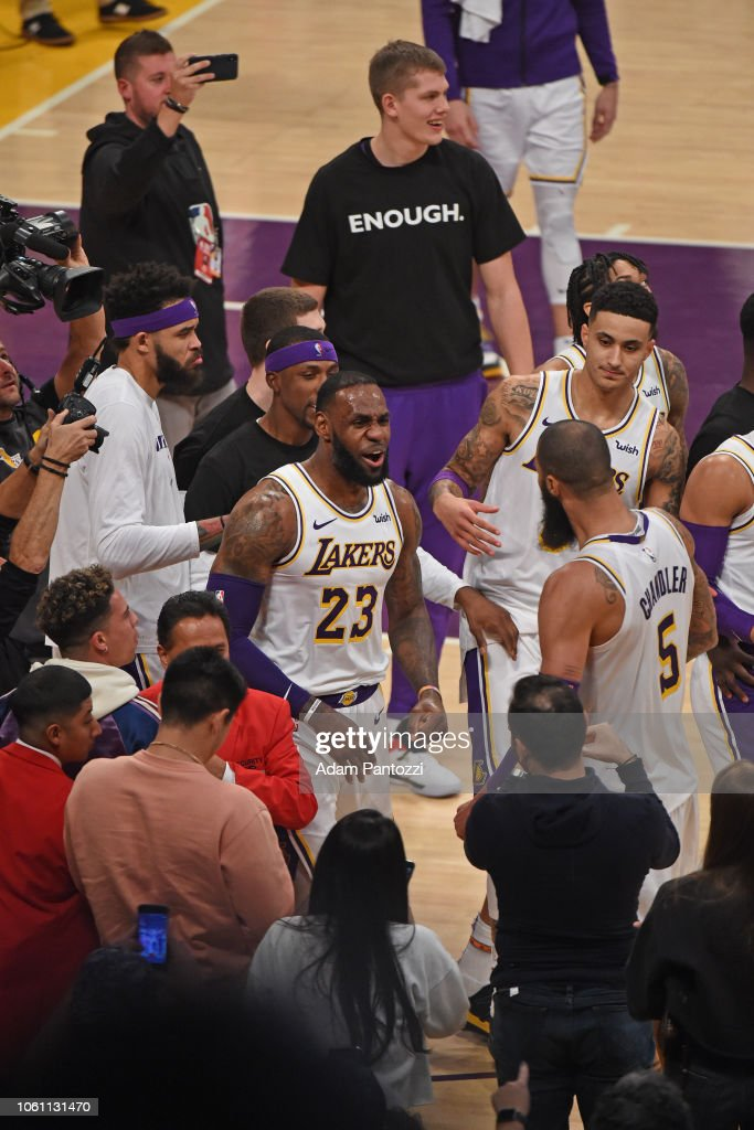 Atlanta Hawks v Los Angeles Lakers : News Photo
