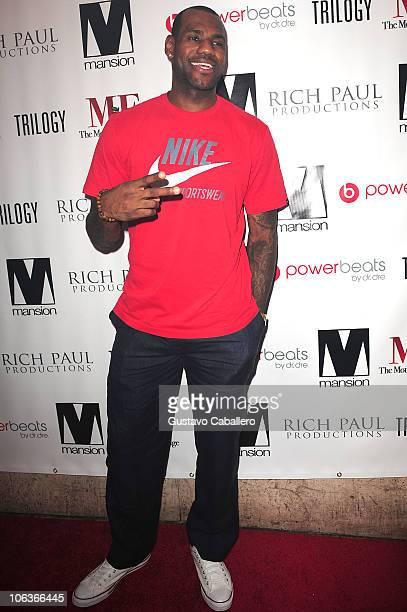 LeBron James arrives at Mansion nightclub on October 29 2010 in Miami Beach Florida