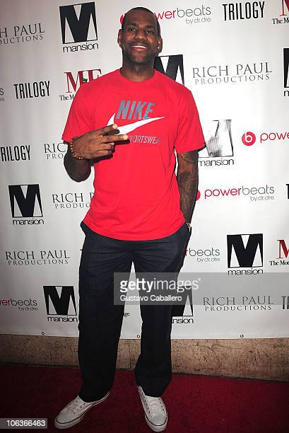 LeBron James arrives at Mansion nightclub on October 29 2010 in Miami Beach Florida