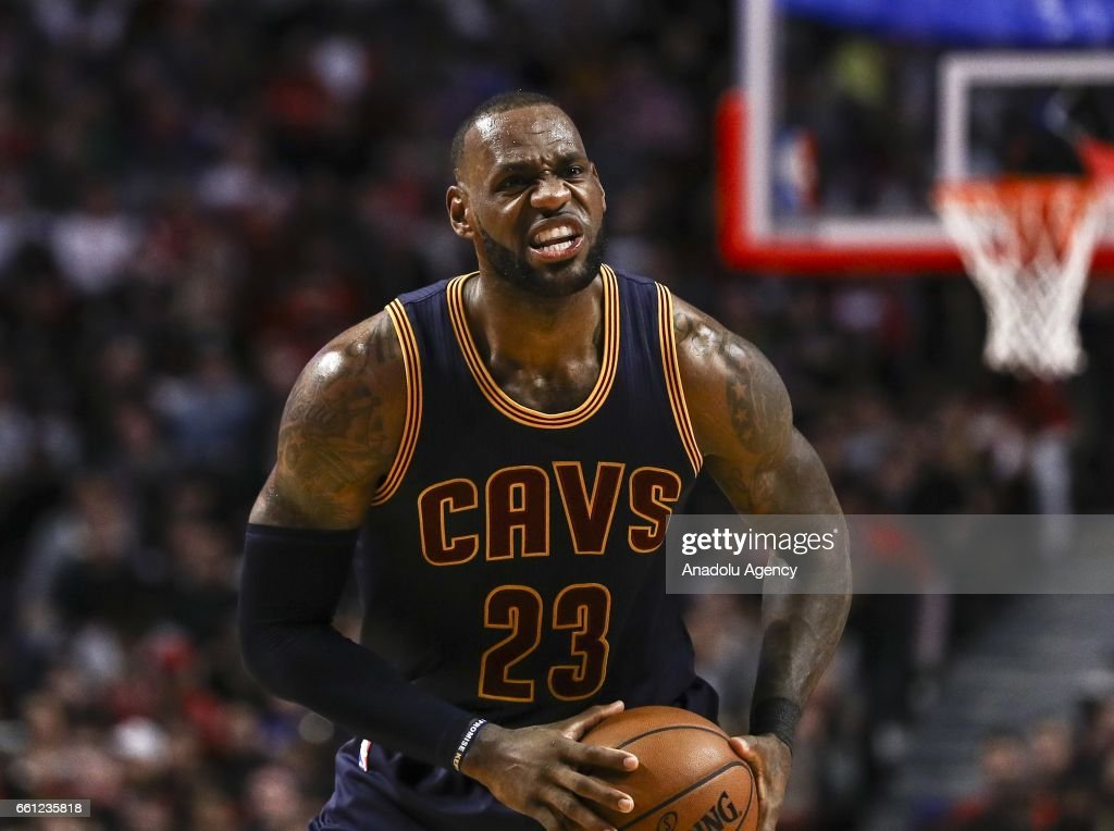 Chicago Bulls vs Cleveland Cavaliers : News Photo