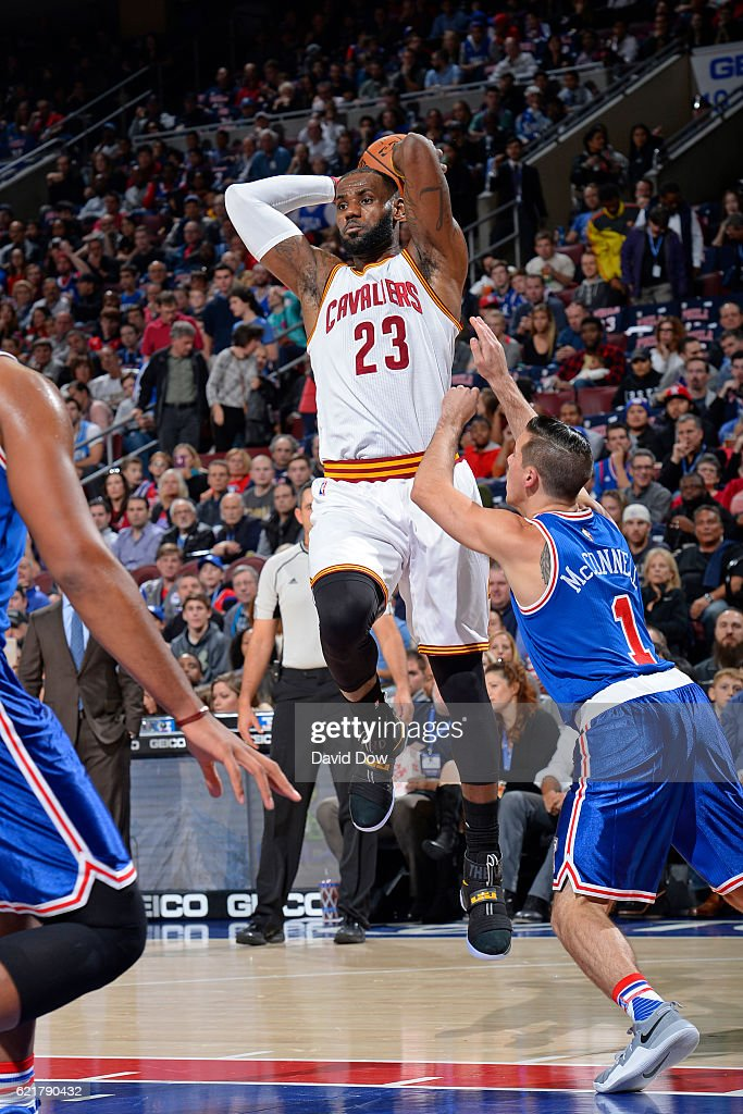 LeBron James #23 of the Cleveland Cavaliers drives to the basket and passes the ball against the Philadelphia 76ers at the Wells Fargo Center on November 5, 2016 in Philadelphia, Pennsylvania.