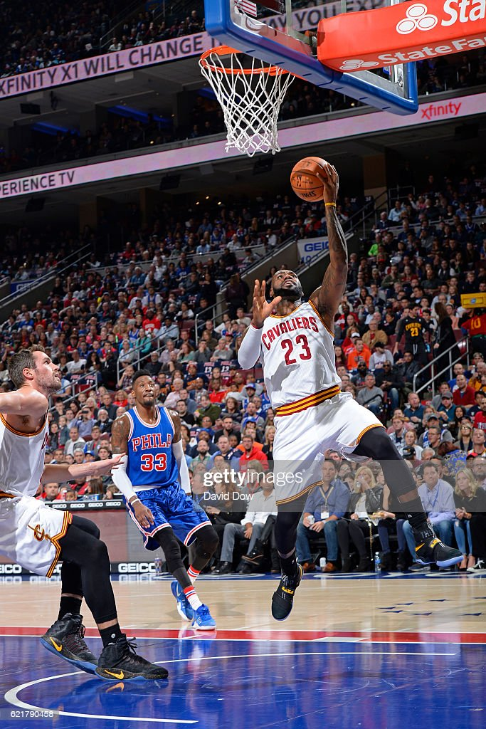 LeBron James #23 of the Cleveland Cavaliers drives to the basket and scores to pass Hakeem Olajuwon for 10th on the all-time scoring list during the game against the Philadelphia 76ers at the Wells Fargo Center on November 5, 2016 in Philadelphia, Pennsylvania.
