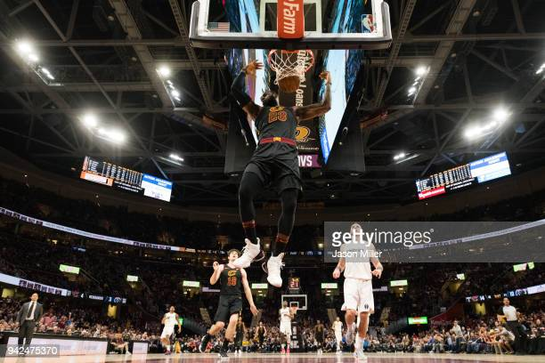 LeBron James of the Cleveland Cavaliers dunks against the Washington Wizards at Quicken Loans Arena on April 5 2018 in Cleveland Ohio The Cavaliers...