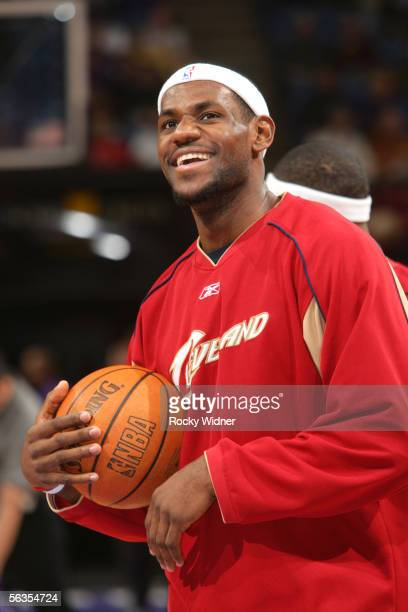 LeBron James of the Cleveland Cavaliers gets ready to take on the Sacramento Kings on December 6 2005 at the ARCO Arena in Sacramento California NOTE...