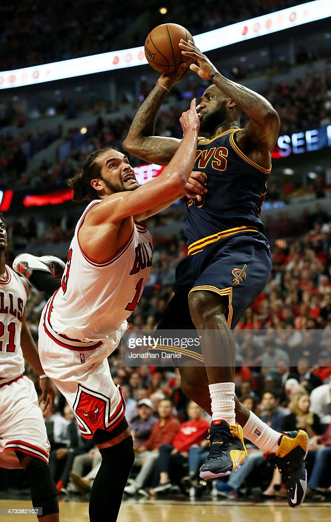 Cleveland Cavaliers v Chicago Bulls - Game Six : News Photo