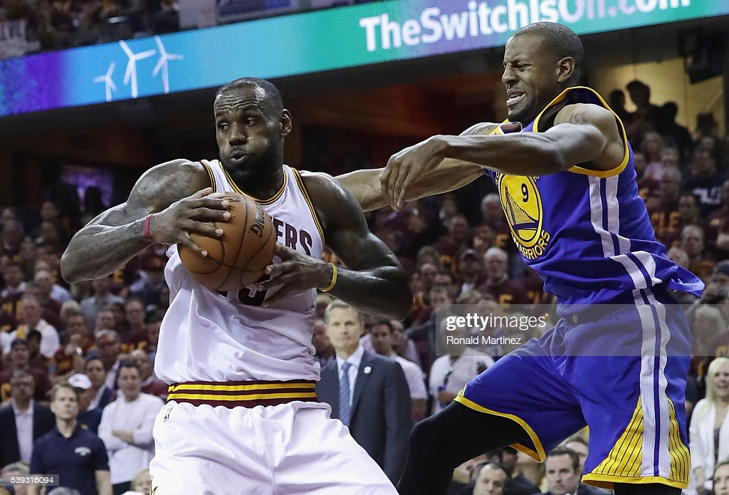 2016 NBA Finals - Game Four : News Photo