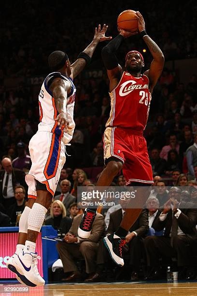 LeBron James of the Cleveland Cavaliers shoots a basket against the New York Knicks at Madison Square Garden November 6, 2009 in New York City. NOTE...