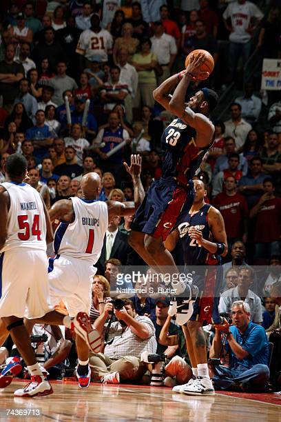 LeBron James of the Cleveland Cavaliers shoots against Chauncey Billups of the Detroit Pistons in Game Five of the Eastern Conference Finals during...