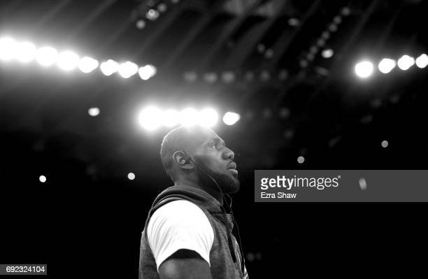 LeBron James of the Cleveland Cavaliers warms up prior to Game 2 of the 2017 NBA Finals against the Golden State Warriors at ORACLE Arena on June 4...